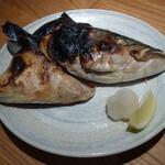 神田魚金 - ブリカマ塩焼き780円
