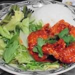 ベトナム料理 インドシナ - ガーカイ(辛いカラアゲ)