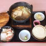 132943000 - 八戸せんべい汁(馬肉味噌味)セット                       &イカ・カニ小丼