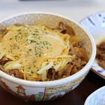 すき家 - 料理写真:とろ~り3種のチーズ牛丼並盛