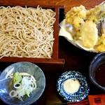二八そば処 蕉風 - 天ざる(1,500円税別)