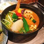 132962322 - ・侍.まつり(1900円)                       野菜20品目、スープ大盛                       3種トッピング                        れんこんはさみ揚げ(下北沢限定とのこと)                        カキフライ                        サクサクブロッコリー                       辛め、ライスM