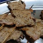 焼き鳥 味鳥 - 料理写真:手羽先アップ