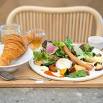 パンカラト ブーランジェリーカフェ - 農園直送野菜たっぷりモーニング