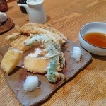 蕎麦ひら井 - 穴子と野菜の天ぷら