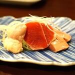 鳥田中 - 七谷地鶏のレバー、砂肝、ハツの盛合せ