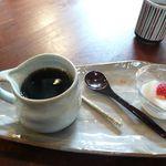 カフェギャラリー柚 - カルピス寒天