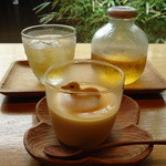 Sumi Cafe - リンゴジュースと花塩プリン
