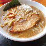 麺家 一鶴 - とんこつ・カツオ・鯖濃厚ラーメン大盛 1000円