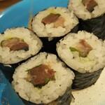 寿司虎 - 鯖の細巻き