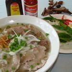 デリイチ - 料理写真:本場ベトナム料理、ヘルシーで、美味しい フォー、生春巻き、バインセオ。。。