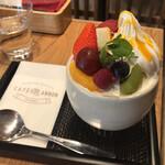 CAFE ANNON - パフェ:フルーツNON