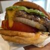 バーガージョーズ - 料理写真:アボガドチーズバーガー