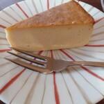 すみだ珈琲 - 定番のチーズケーキ¥450
