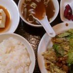 ろしなん亭 - 回鍋肉定食(850円)