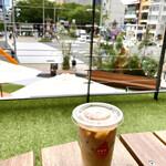 RAIZIN R番地 Cafe - ルーフテラスで表参道を眺めながら