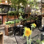 青山フラワーマーケット ティーハウス - 小さな向日葵