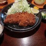 133069735 - 美明豚ロースカツ定食180グラム(1,580円)