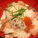 旬魚旬彩 うおまん - うおまん流海鮮まかない丼UP