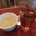 道玄坂 119 - 玉子スープとウーロン茶