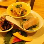 牛かつと和酒バル koda - ちょい呑みセット 前菜小鉢4点盛り