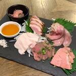 肉酒場Grill-Griller-Grillest - 肉刺し6種盛(ハーフ 1,450円)