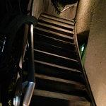 レストラン 山猫軒 - 外階段を昇って3階の入口へ