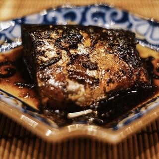 お客様に愛される変わらぬ味『名物一嬉の鯖煮』