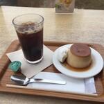 Cafe MUJI - 焼プリンとコーヒーのセット