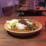 世界のやむちゃん - 魯肉飯咖喱プレート
