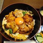 新三浦 - 『照り焼き玉子丼』1,100円。