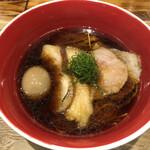 シバサキテイ+ - 醤油soba(935円)