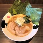 茨木きんせい - 料理写真:魚介鶏白湯