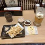 133129003 - きときとセット ¥1,290                          生ビール、白エビの天ぷら、ホタルイカの沖漬け、白えびせんべい                                                                           白エビ刺身小皿単品 ¥690                         (白えび約30尾使用)