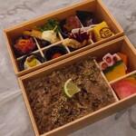 タノジ - ♦︎国産牛すき焼き弁当 ¥1,944