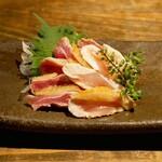 十二社通り 地鶏焼とりや - ☆黒薩摩鶏たたきお造り(●^o^●)☆