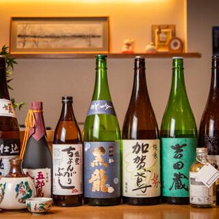 鮮魚のお供に。金沢の厳選された地酒をご堪能ください