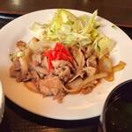 サムウェイ - 料理写真:しょうが焼き定食