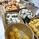 LA LOBROS PAN TABLE CAFE 渋谷ヒカリエ店 - パンブッフェ