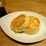むさしの森珈琲  - 料理写真:ふわっとろパンケーキ!
