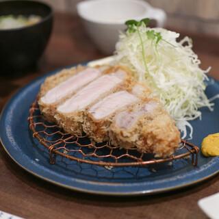 とんかつ食堂 熟豚 - 料理写真:超特上ロースかつ(200g)☆