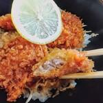 勉強亭 - ソースカツ丼!クドさは無くしっとり優しく味が染みてます!