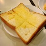 133199962 - モーニングサービス                       バタートースト ¥50