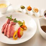 和田倉噴水公園レストラン - ローストビーフカレー