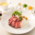 和田倉噴水公園レストラン - ローストビーフ丼