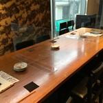 並木橋なかむら - 大テーブルは相席でご利用頂く事もございます