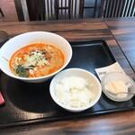 珉珉 - 坦々麺セット