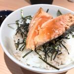 江ノ島らぁ麺 片瀬商店 - トキシラズ鮭バターご飯