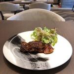 Modern Chinese Restaurant OPERA - Bセット 牛ハラミのステーキ 甜醤油ソース
