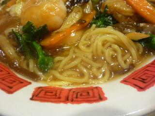 バーミヤン  - 麺とスープ
